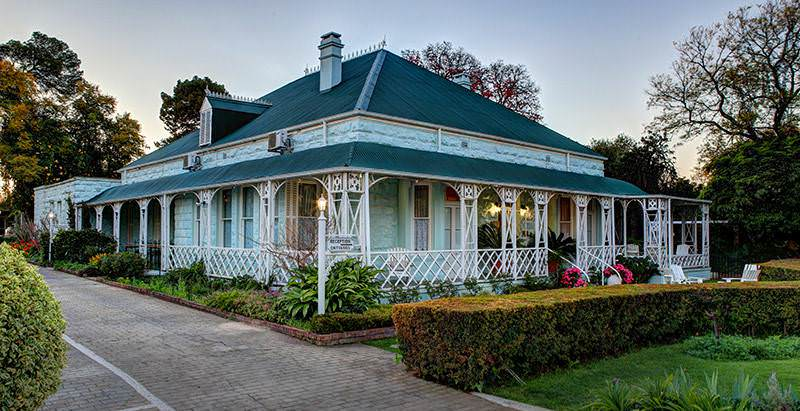 The exterior of the Victorian-style Adley House in Oudtshoorn.