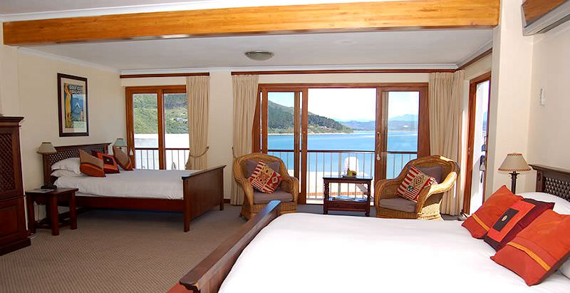 The guest rooms at Augusta Bay overlooks the sparkling Knysna Lagoon.
