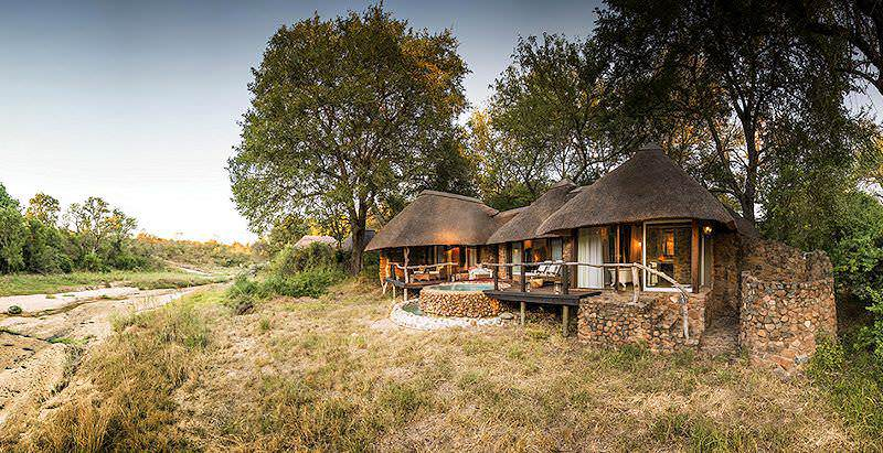 The exterior of an extravagant suite at Duilini Lodge in the Sabi Sand Private Game Reserve.