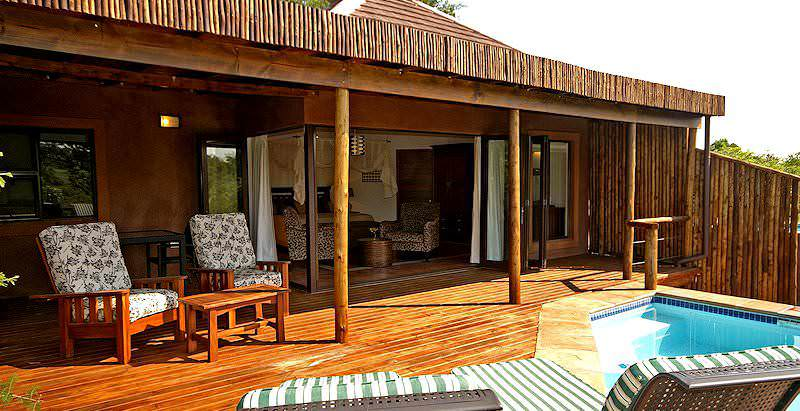 The exterior of a spacious suite at Idube Game Lodge.