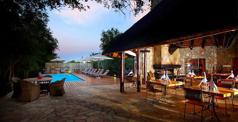 The dining and pool area at Kapama Buffalo Camp in the Kapama Private Game Reserve.