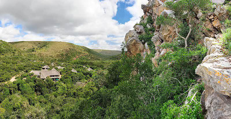 A distant view of Shamwari Eagles Crag from the side of a cliff face.