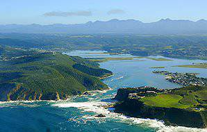 The Knysna Heads guard the turbulent entrance to the Knysna Lagoon.