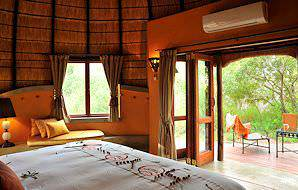 The interior of a suite at Hoyo Hoyo Safari Lodge.