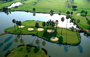 An aerial view of Pretoria's Silver Lakes Golf Course.