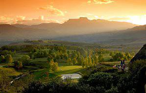 The Champagne Sports Resort Golf Course is surrounded by the mountainous majesty of the Drakensberg.