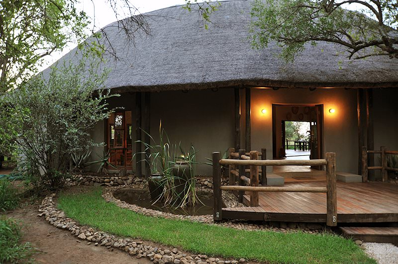 The exterior of Black Rhino Game Lodge's reception area.