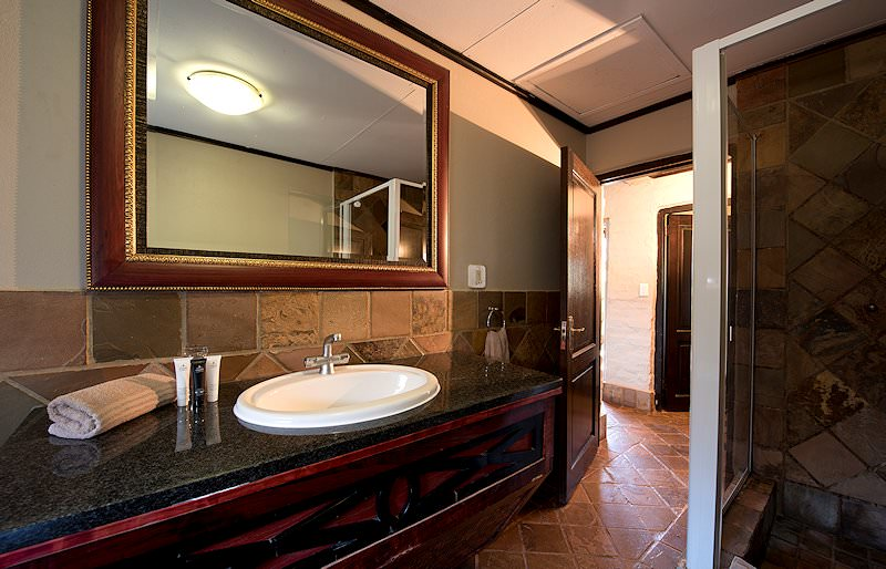 The interior of an en suite bathrrom at Entabeni Lakeside Lodge.