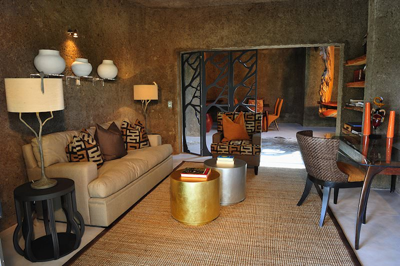 Sabi Sabi Earth Lodge's fittings are sumptuous and modern.