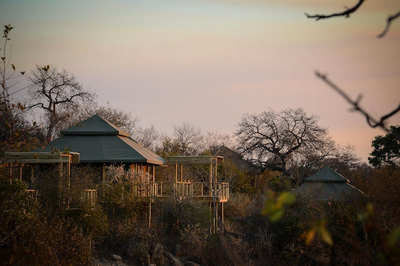The units at Simbavati Hilltop Lodge overlook the Timbavati Private Game Reserve.