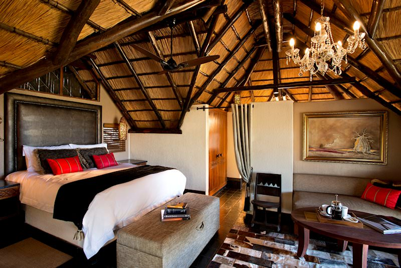 The interior of a suite at Tshukudu Bush Lodge.