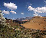 Winter dries out the greenery of the Drakensberg Mountains.