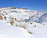 A thick coat of snow in the Drakensberg Mountains.