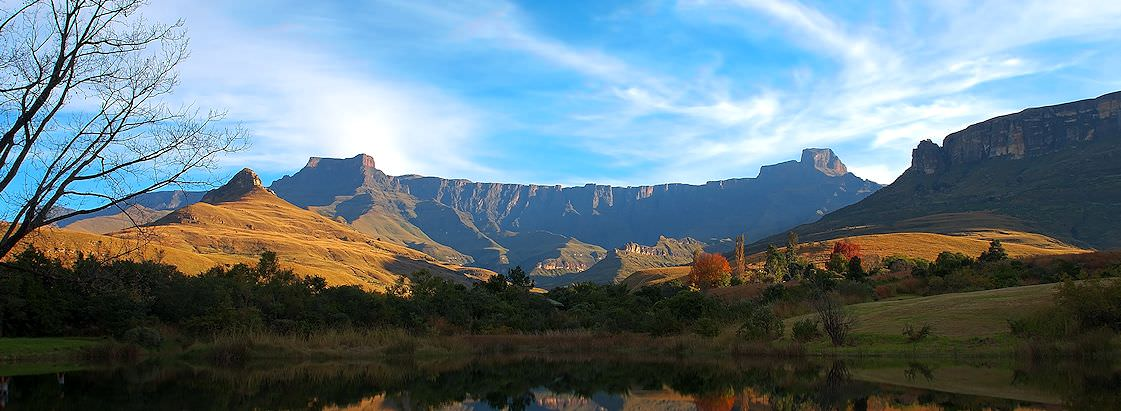 An exceptional view of the Drakensberg Mountains in South Africa.