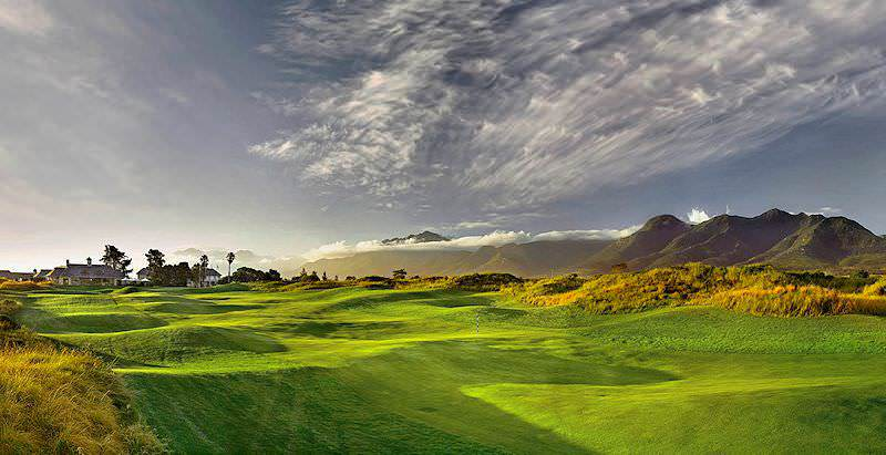 The setting of Fancourt Links Golf Course is enhanced by the sheer natural beauty that surrounds it.