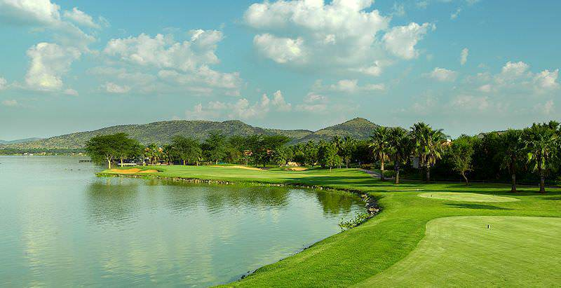 Pecanwood Golf Course rests on the edge of the Hartbeespoort Dam.