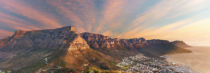 A striking view of Table Mountain and the Twelve Apostles.