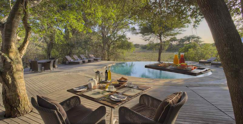 Dulini River Lodge provides plush five star accommodation during the 7 Day Greater Kruger and Zululand Safari.