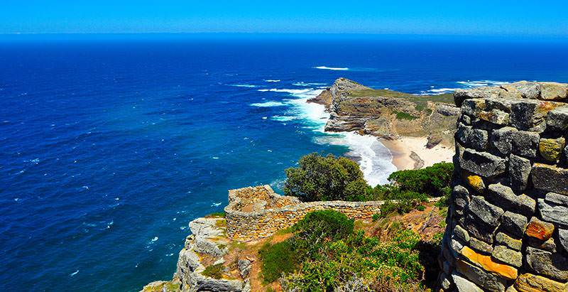 Relish stunning views on your one day tour of Cape Point and the Cape of Good Hope Nature Reserve.