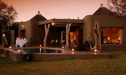The exterior of a suite at Sabi Sabi Earth Lodge in the Greater Kruger.